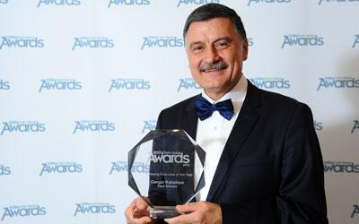 Yılın satın alma yöneticisi 2013 ödülü türk yöneticiye layık